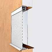 Встроенный монтаж рольставни коробом внутрь